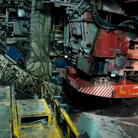 """TUNNEL - Video - Fully operating ACIMEX erector, located inside a TBM for the ALASKAN WAY tunnel project """