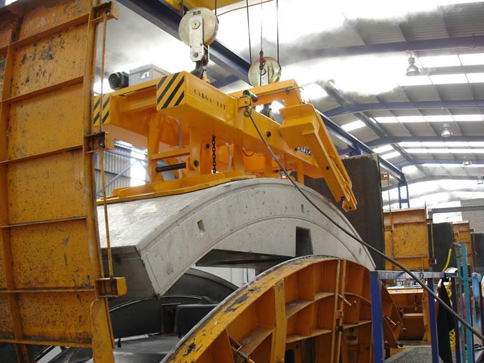 Vacuum lifters: Manufacture and design - ACIMEX